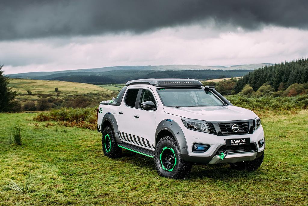 Nissan Navara EnGuard Concept รถกระบะต้นแบบ สำหรับนำมาใช้เป็นยานยนต์สำหรับกู้ภัย