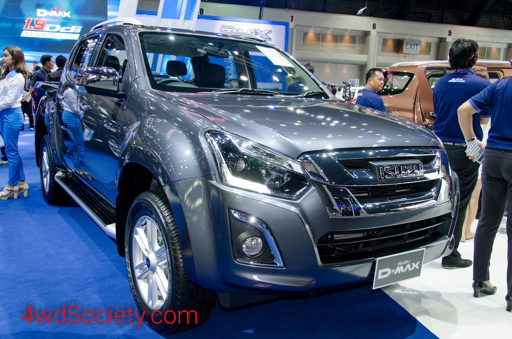 รีวิว ISUZU D-Max 3.0 Ddi Blue Power : V-Cross 4 ประตู (Z-Prestige)