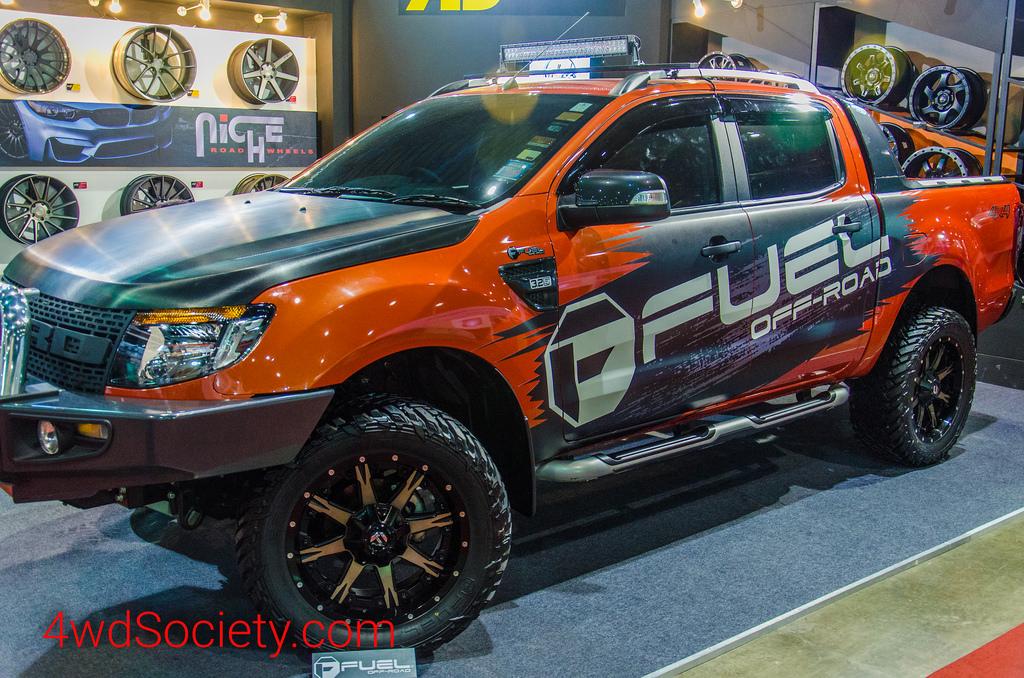 Ford Ranger T6 แต่งออฟโรด ติดตั้งล้อแม๊กซ์และยาง Fuel Off-Road Wheels